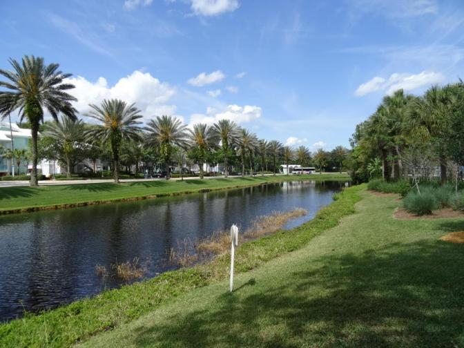 Many rooms offer good views of the canal, a pond, or the golf course amidst lush landscaping.
