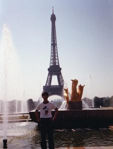Glenn-Paris-June1985